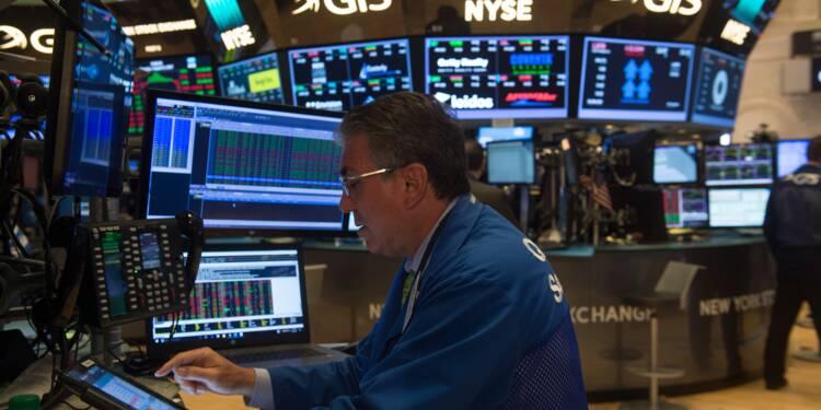 Wall Street signe une légère baisse, refroidie par la Corée du Nord