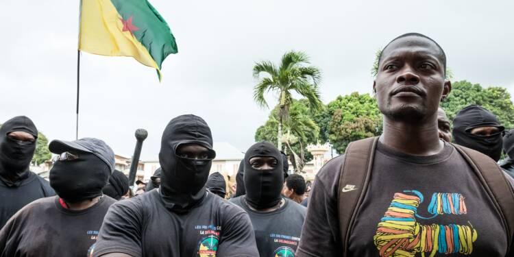 Guyane: après un mois de conflit, la mobilisation se poursuit