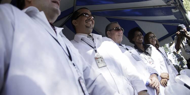 Des médecins cubains dans 62 pays, 1ère source de devises pour l'île