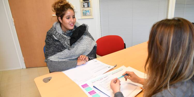 """Emplois d'avenir: ces jeunes mis sur les rails d'un """"vrai boulot"""""""