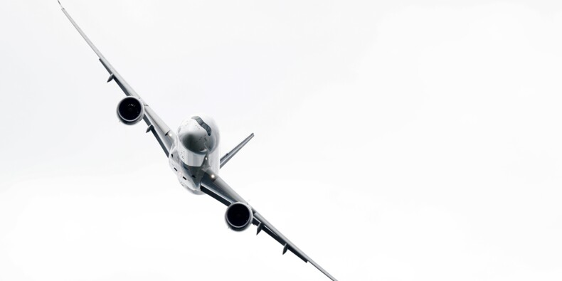American Airlines reporte la réception d'avions Airbus et Boeing