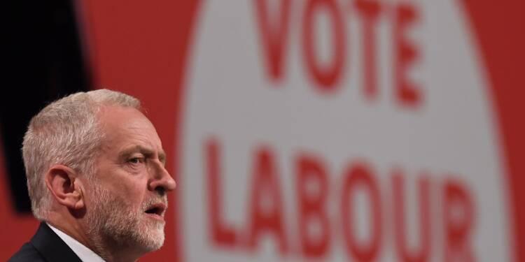 Royaume-Uni: Corbyn ambigu sur le Brexit en lançant la campagne des législatives