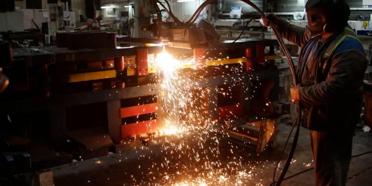 """Creuse: des salariés de GM&S détruisent du matériel et """"piègent"""" leur usine"""