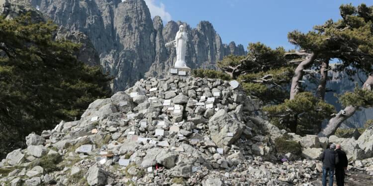 En Corse, le GR20 se refait une beauté pour les randonneurs du monde entier