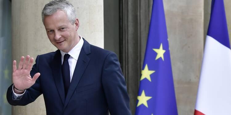 """Le Maire critique """"ceux qui font le tour des usines"""" pour vendre des """"illusions"""""""