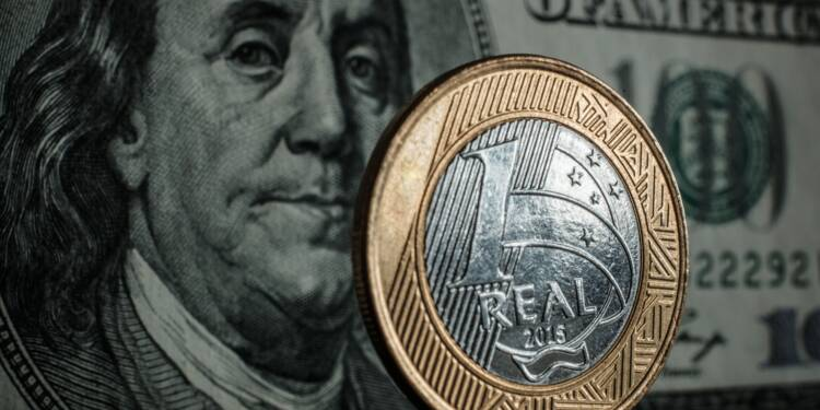 SP menace d'abaisser la note du Brésil en raison de la crise politique