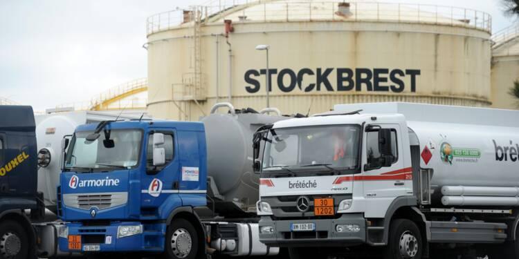 Des conducteurs de camions citernes toujours en grève