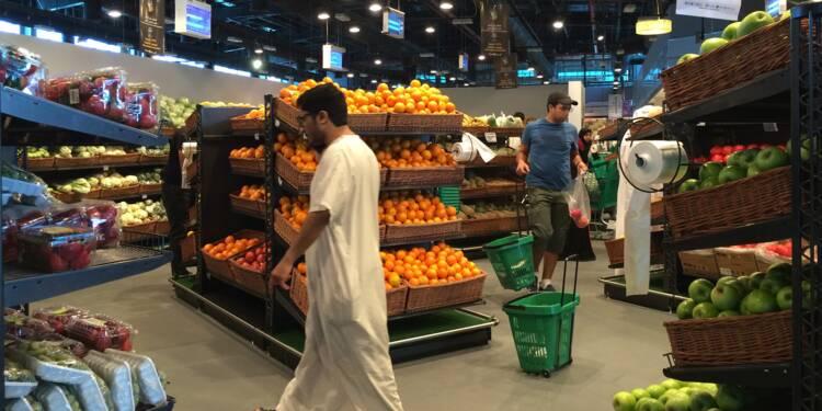 Le Qatar fait le dos rond, l'Iran envoie des vivres à Doha