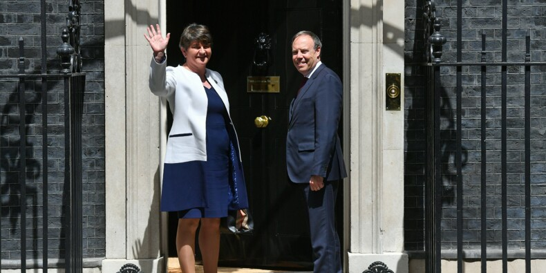 May n'a toujours pas bouclé son alliance avec les unionistes nord-irlandais