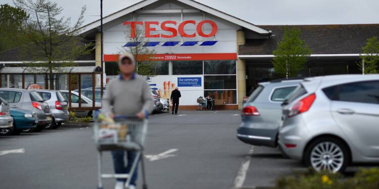 Tesco résiste au ralentissement de la consommation au Royaume-Uni