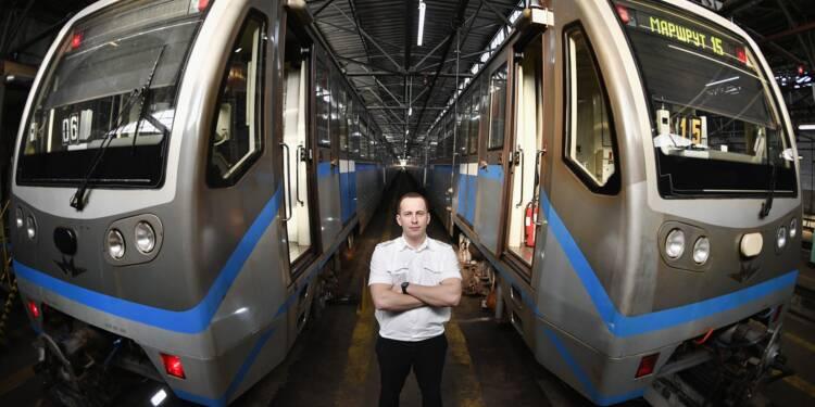 Au revoir les grand-mères: Moscou modernise son métro pour le Mondial-2018