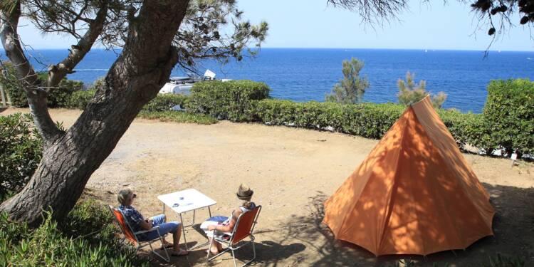 Le camping monte en gamme et séduit de nouveaux adeptes