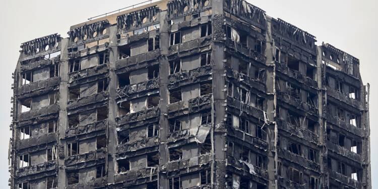 Incendie de la tour Grenfell: arrêt de la vente du revêtement impliqué