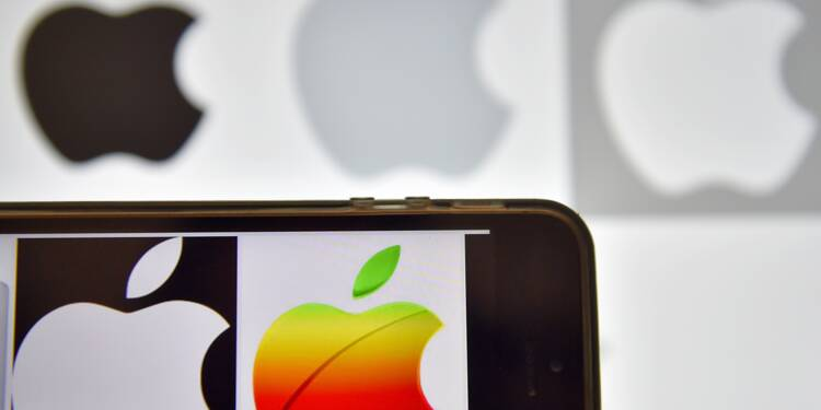 Apple: Les Iraniens protestent contre la suppression de leurs applications