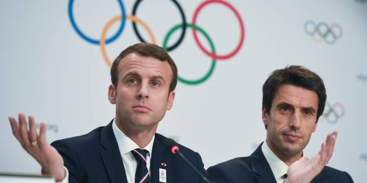 """JO: Paris-2024, un projet """"extrêmement limité"""" sur le plan budgétaire, assure Macron"""