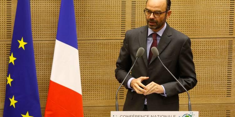 Edouard Philippe lance une concertation délicate avec les collectivités locales