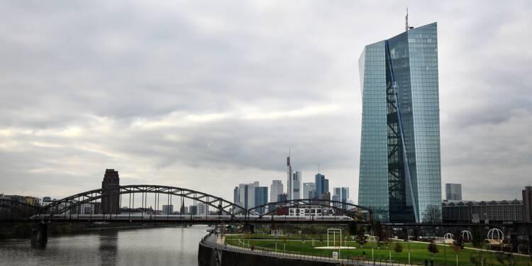 BCE: un panel d'économistes abaisse ses prévisions d'inflation