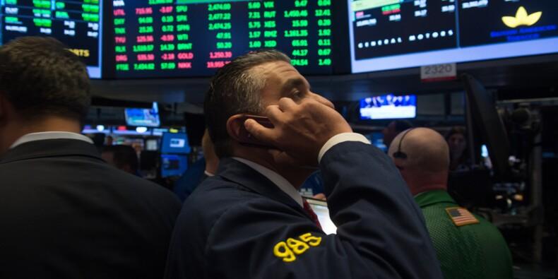 Wall Street, portée par les résultats, emmène le Dow Jones à un record