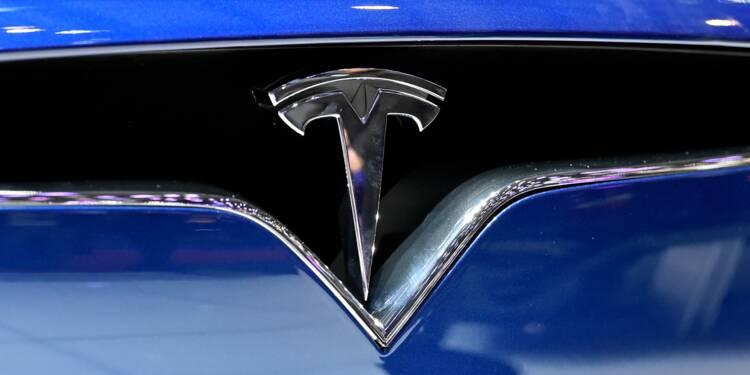 Tesla règne sur un marché de la voiture électrique encore embryonnaire