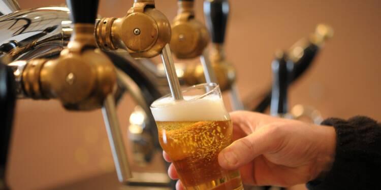 Forte baisse des achats d'alcool des ménages français en 2016