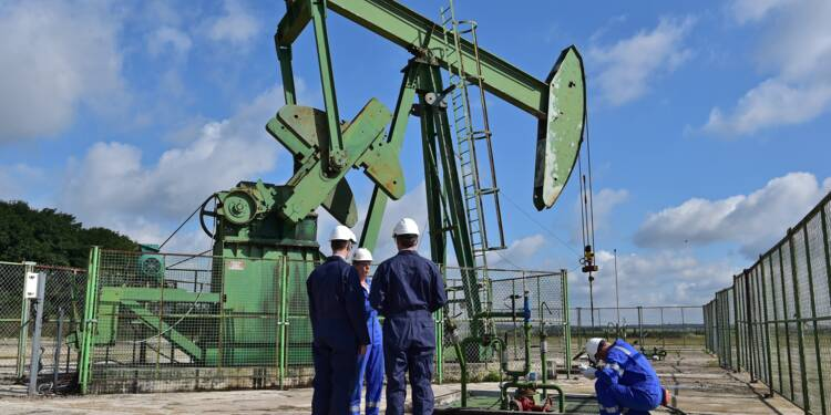 A une heure de Paris, des puits de pétrole en sursis