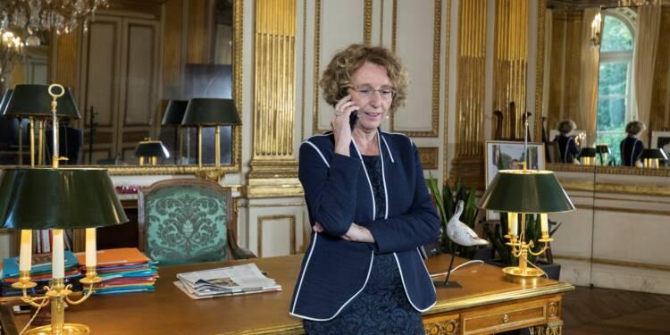 """Assurance chômage et formation profressionnelle: """"concertations en octobre, projet de loi au printemps 2018"""""""