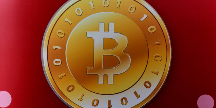 La Chine menace d'enterrer le bitcoin, le cours s'effondre
