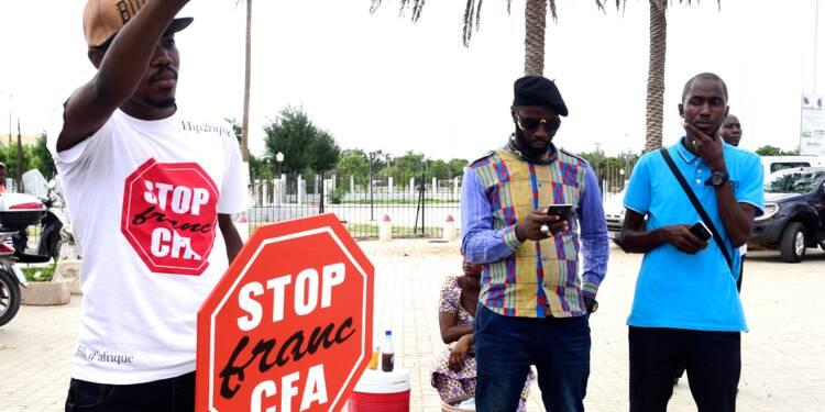 Manifestations en Afrique d'opposants au franc CFA