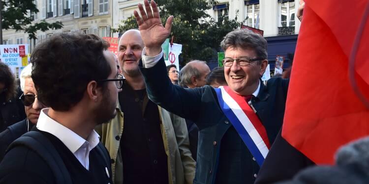 """30.000 à 150.000 manifestants avec Mélenchon, polémique sur les """"nazis"""""""