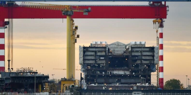 """Le rapprochement Naval Group-Fincantieri vise à """"créer un champion mondial dans le naval"""", affirme Macron"""