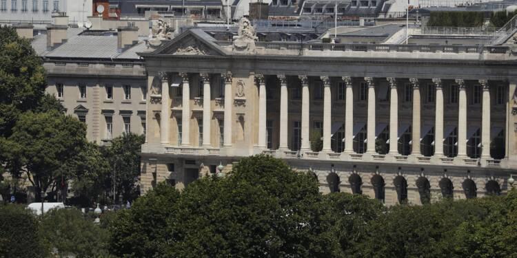 France: les palaces très affectés par la baisse de fréquentation après les attentats (étude)