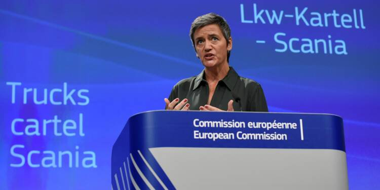 Cartel de fabricants de camions: 880 millions d'euros d'amende à Scania