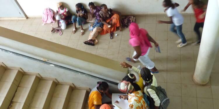 A Mayotte, le casse-tête des CP à 12 élèves, par manque de salles de classe