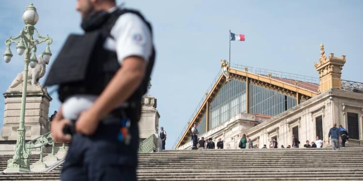 Attentat de Marseille: un frère du tueur présenté à un juge français