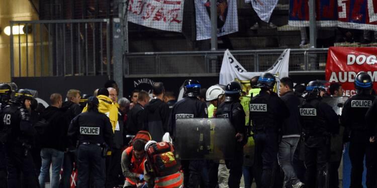 Amiens-Lille: enquête sur fond de polémique après la chute d'une barrière