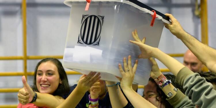 """Catalogne: 90,18% de """"oui"""" à l'indépendance"""