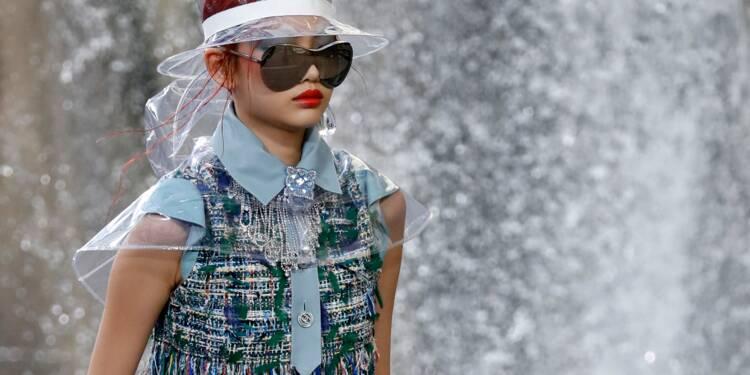 Fashion week: tweed et bottes de pluie chez Chanel
