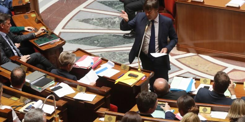 Fin des hydrocarbures: la mesure phare du projet de loi Hulot votée