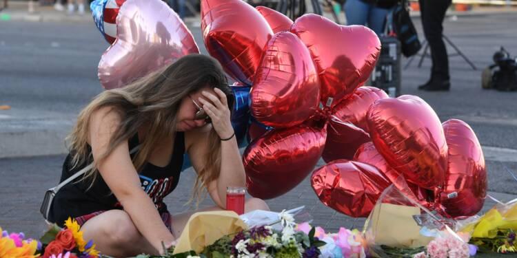 """Fusillade à Las Vegas: les coups de feu, """"puis le silence"""""""
