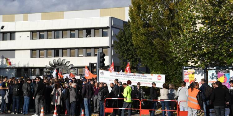 Alstom Grenoble: des salariés bloquent le site menacé par un plan social