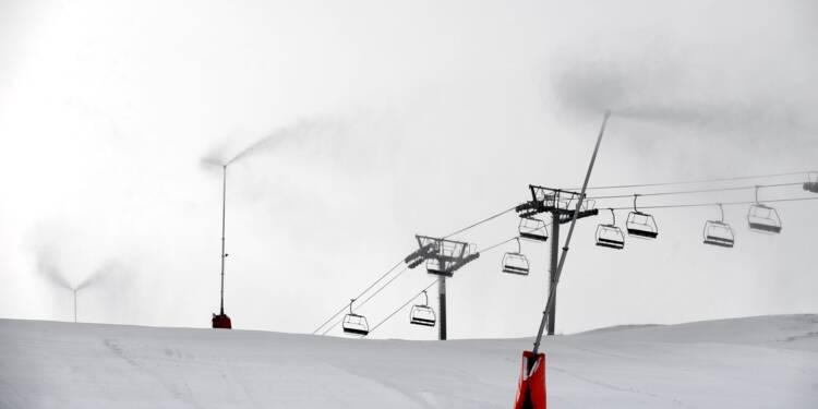 Après une saison difficile, les stations de ski misent sur la neige de culture