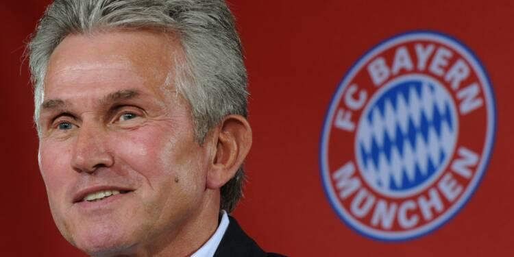 """Allemagne: le Bayern rappelle encore le """"papy-pompier"""" Heynckes"""