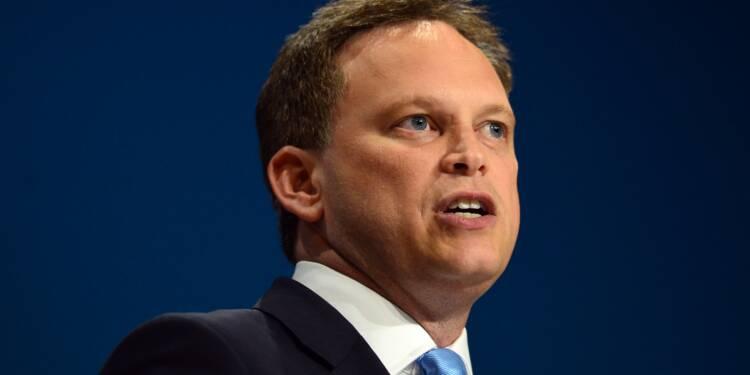 Royaume-Uni: des élus conservateurs réclament le départ de Theresa May