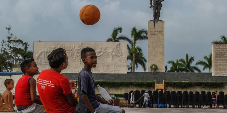 """Cuba rend hommage à """"Che"""" Guevara, un demi-siècle après sa mort"""
