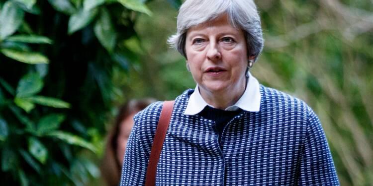 "Brexit: les négociations reprennent, la ""balle dans le camp"" de l'UE, selon May"