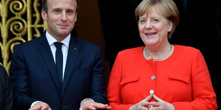 """Macron appelle Merkel à le rejoindre pour """"refonder"""" l'Europe"""