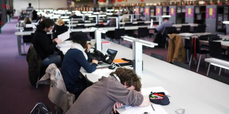 """Sécu: le gouvernement """"souhaite"""" supprimer le régime étudiant"""