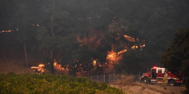 La Californie en flammes secourue par les Etats voisins, 21 morts
