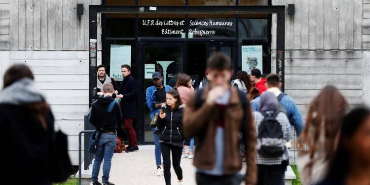 Université: des étudiants inquiets mais pas tentés pour l'heure par la rue