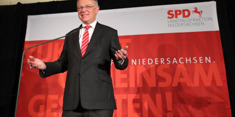 Scrutin en Basse-Saxe: les sociaux-démocrates devant la CDU de Merkel